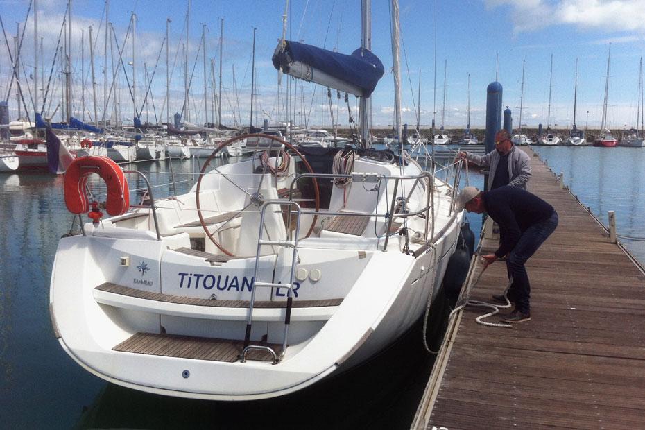 manoeuvres de port en voilier
